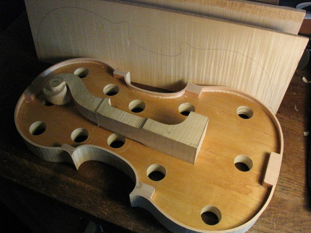 Baroque amati viola making, ribs and head